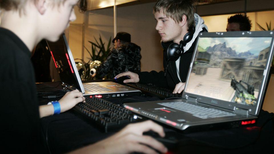 Voldelige computerspil gør børn aggressive